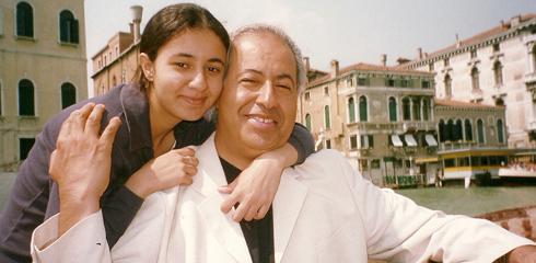 عبد النبي  الشعلة برفقة أبنته